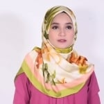 Simple Satin Roll New Hijab Style - step by step tutorial