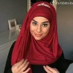 Discover the best hijab style with a crown