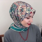 Hijab Styles Guide Using A Square Scarf ( Easy tutorial)