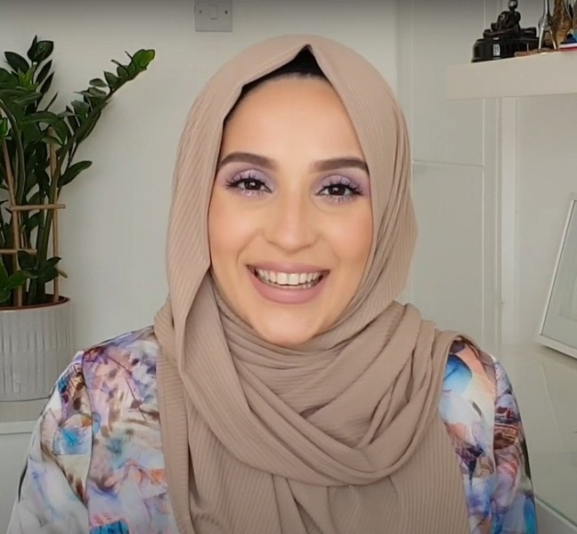 Learn How To Hijab Wrap Easily In No Time