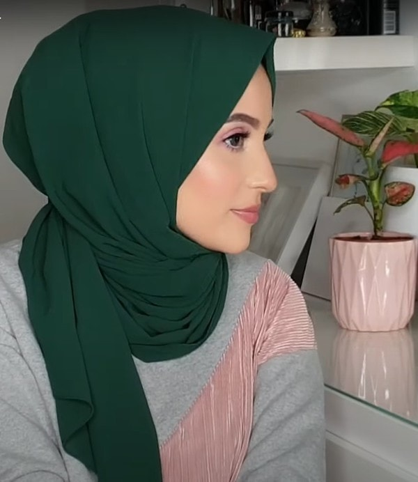 Simple Hijab Tutorial For Everyday Use