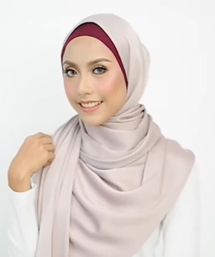 New Simple Hijab Style For Everyday Look