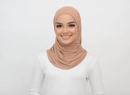 احصلي على لفات حجاب جميلة