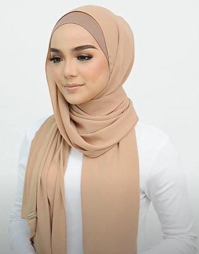 تعلمي لفات حجاب جديدة وعصرية