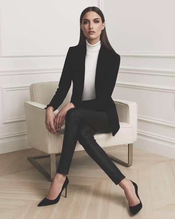 ملابس المقابلة الشخصية - مقابلة عمل
