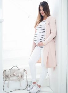 ملابس الحوامل: أناقة الحامل من الألف إلى الياء -تألقي في حملك