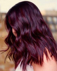 موضة صبغات الشعر - صبغة شعر عنابي طبيعي